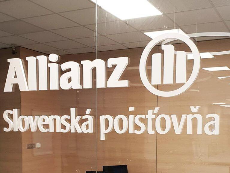 3D logo plexisklo Allianz