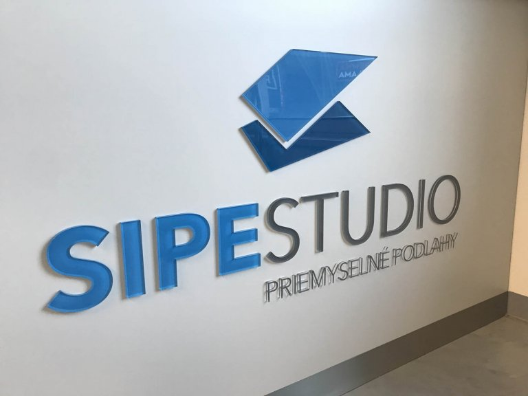 3D logo plexisklo